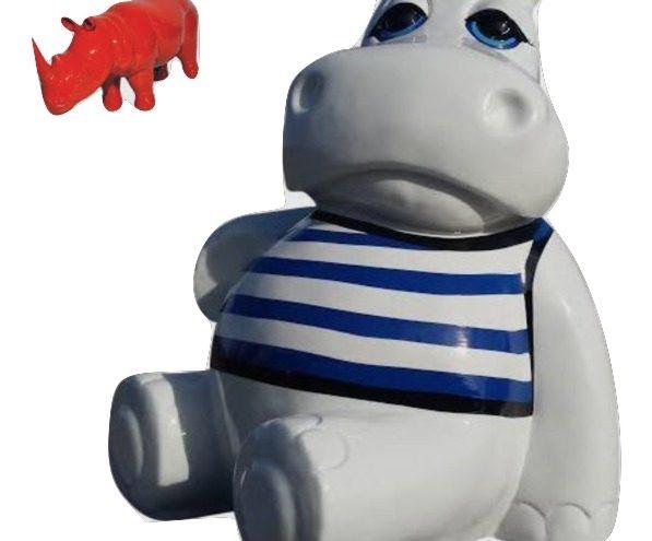 Hippopotames et rhinocéros